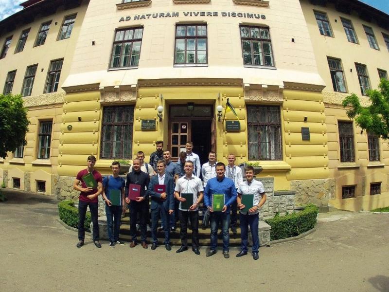 10 випуск бакалаврів Комп'ютерних наук в НЛТУ України